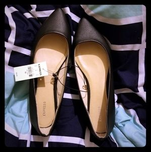 Black Pointed Flats Express Size 8.5